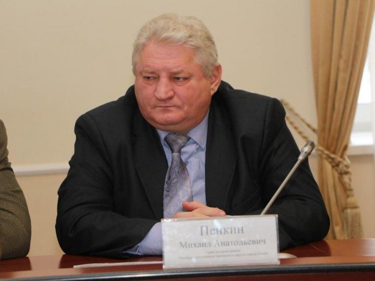 Алексей Потапов должен сменить Михаила Пенкина на посту главы Октябрьского округа Омска