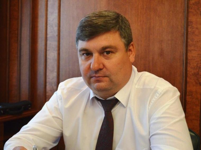 Руководитель омского минстроя Стрельцов официально ушёл вотставку