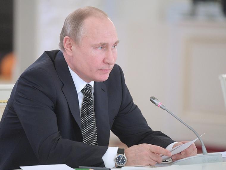 Путин указал новому главе Кузбасса на73-е место поэффективности команды