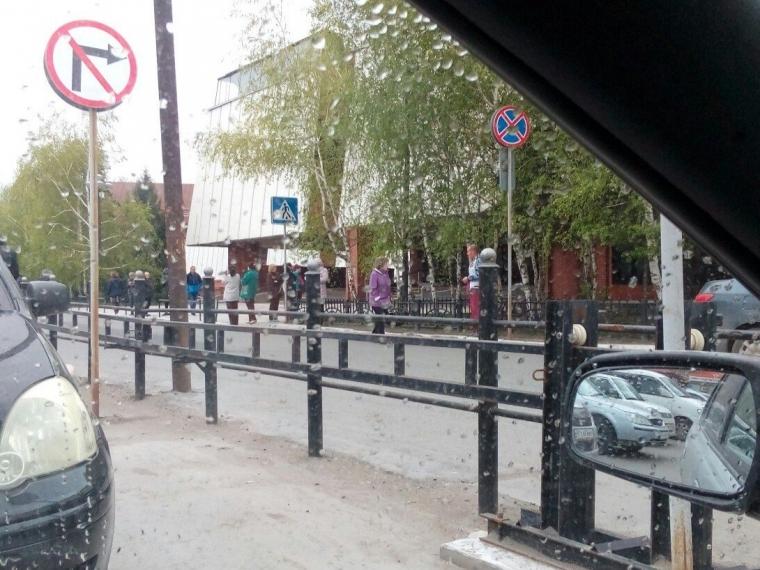 Полицейские не обнаружили бомбу в торговом центре «Омский»