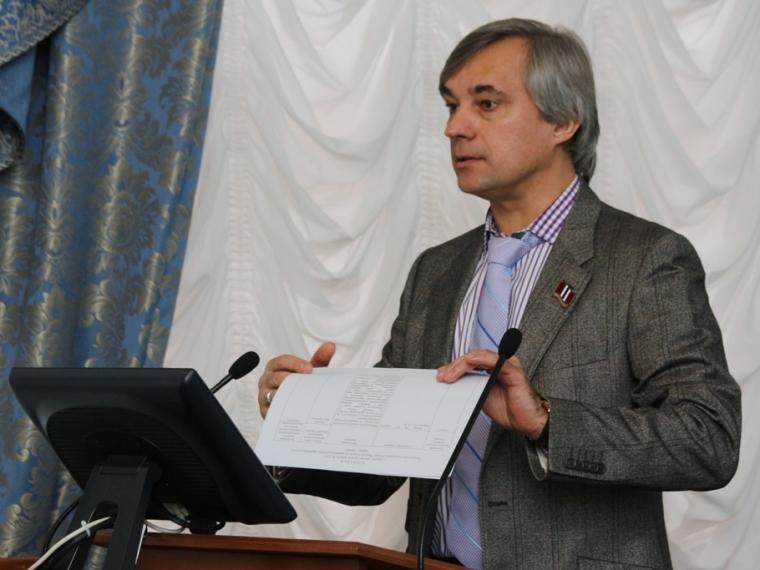 Сергей Калинин: «В законотворчестве юношеский максимализм неуместен»