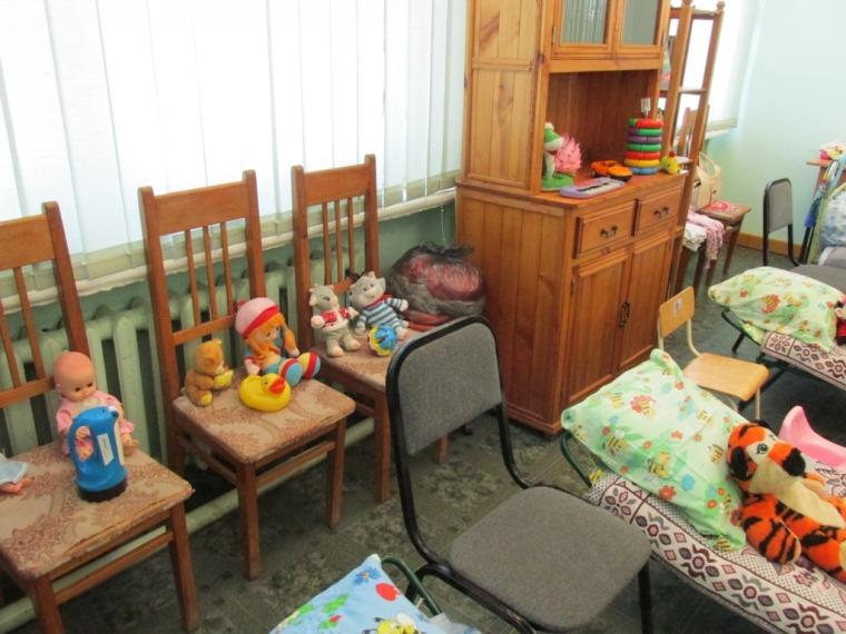 В Омске отремонтируют детсад, в котором из-за дырявой крыши закрыто 7 групп
