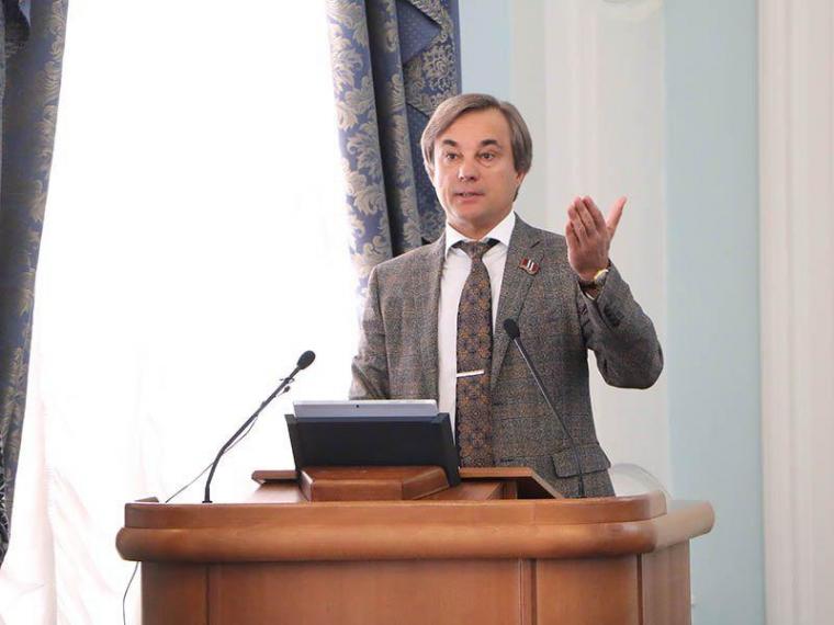 Сергей Калинин: Бурков вполне может пойти на выборы как самовыдвиженец