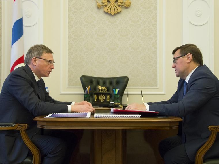 Глава Омской области принял годовой отчет бизнес-омбудсмена
