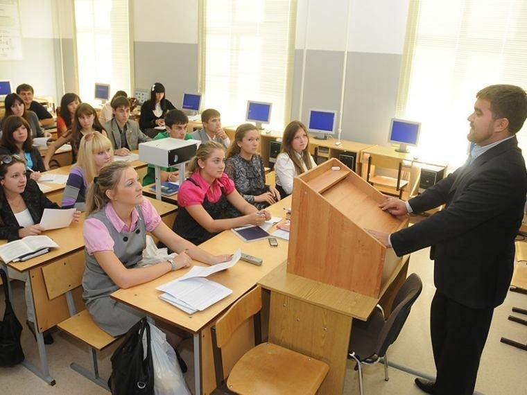 Более 80 процентов учеников Омской области обучаются по новым образовательным стандартам