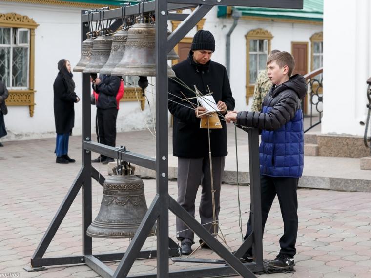 ВОмске состоялся выпуск школы звонарей