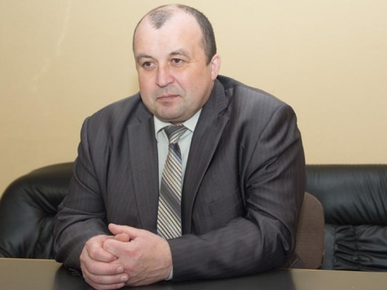Чиновники изМоскаленского района нелегально предоставили квартиры на8 млн