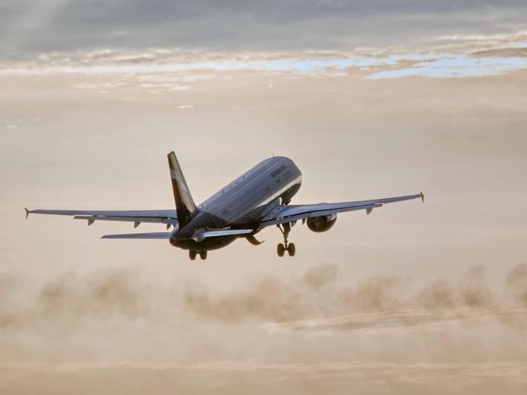 Эксперты посчитали, сколько стоит билет на самолет до моря