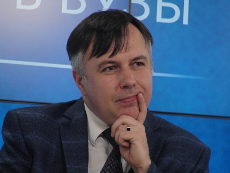 Собравшийся в отставку руководитель ОмГПУ заявил о возросшем конкурсе в педуниверситет