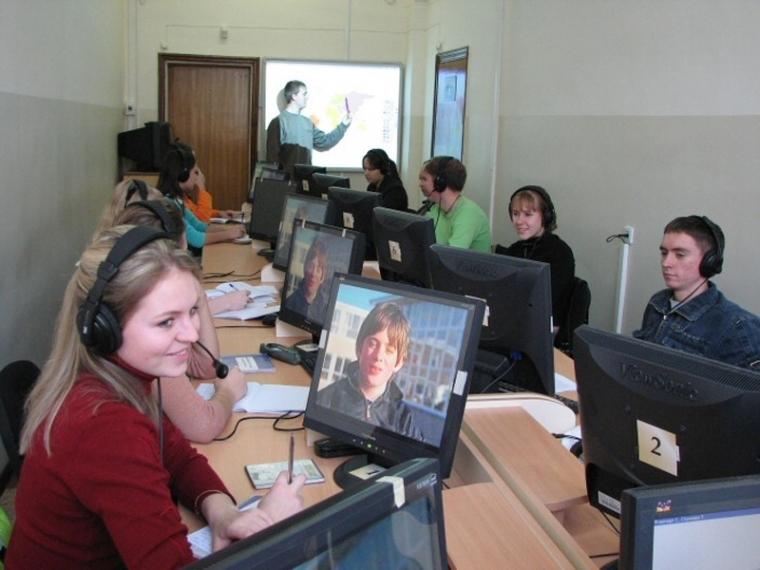 Подавляющее большинство омских выпускников выбрали на ЕГЭ английский
