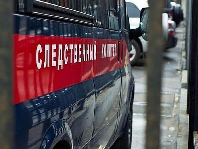 Силовики проводят обыски в администрации Усть-Ишима