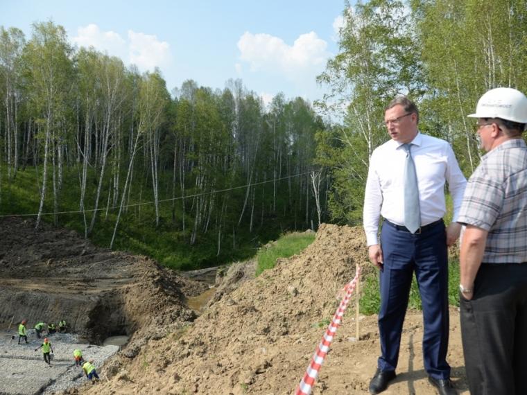Александр Бурков поручил восстановить аварийную дорогу на Муромцево за полмесяца