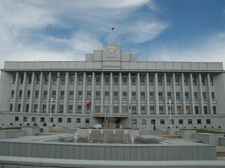 Александр Бурков уволил начальника омской Гоcжилинспекции и руководителя аппарата губернатора