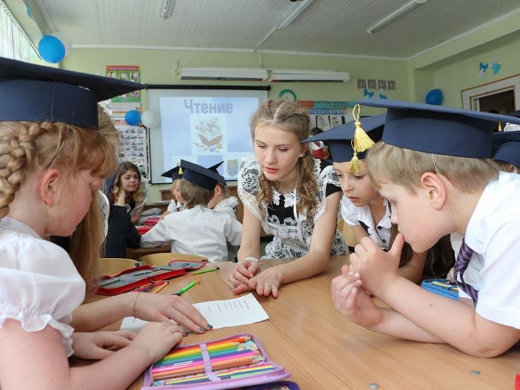 В Омске к 1 сентября укомплектуют 538 первых классов