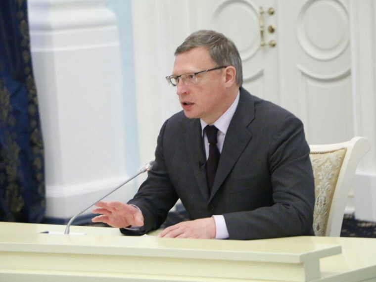 Власти Омской области будут повышать доступность медпомощи для селян