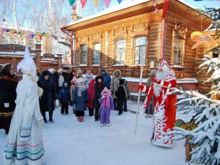 К Деду Морозу в Большеречье омичи могут съездить до конца января #Культура #Омск