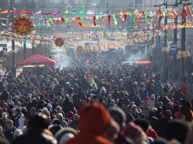 В масленичных гуляньях в центре Омска участвовало 15 тысяч человек #Культура #Омск