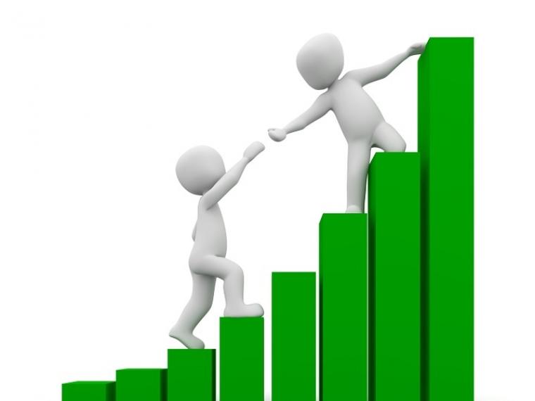 Предпринимателям будут выдавать кредиты под проценты ниже банковских #Экономика #Омск