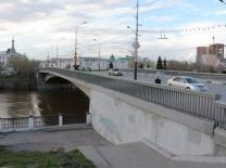Юбилейный мост в Омске могут начать ремонтировать в августе