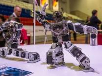 Победители фестиваля «РобоФест-2018» получат поощрительные бонусы при поступлении в два омских вуза