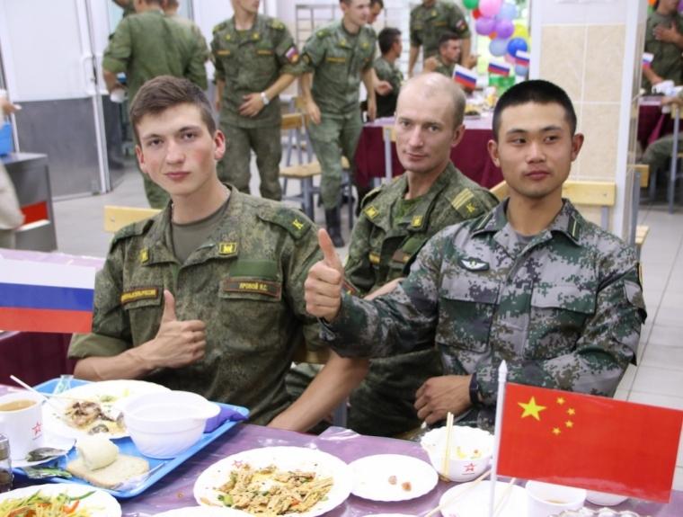 Русские военные в 3-й раз подряд победили вконкурсе «Рембат»