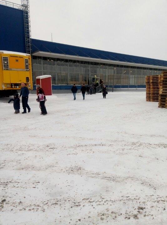 В Омске эвакуировали посетителей крупнейших торговых центров
