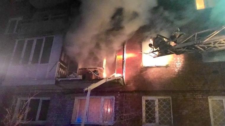 В жилом доме на окраине Омска взорвался газ
